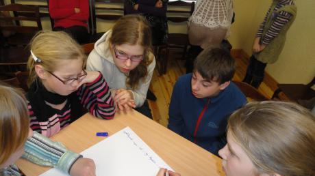 Marts- valodu mēnesis Palsmanes speciālajā internātpamatskolā